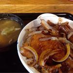 河津屋食堂 - 肉丼(並)¥600