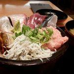 沼津魚がし鮨 - のっけ丼