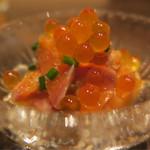 酒肆ポンシェビ  - 3種の前菜 いくらとサケ