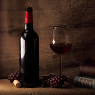 贅沢なひとときを、ワインとともに