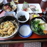 丸健水産 - (2010.12)ぶっかけうに丼セット