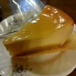 アン・お菓子の工房 - 料理写真:anneスペシャルチーズケーキ 345円