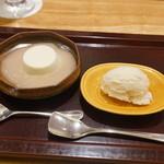 日本料理 太月 - デザートハニーのアイスともものパンナコッタ