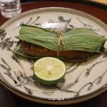 日本料理 太月 - ブータン産松茸、秋刀魚のはさみ蒸し