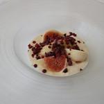 ラ ヴィオレッタ - 落花生のパンナコッタ、黒糖ジェラート