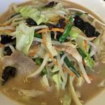中華 つけ麺 はるき - 野菜タンメン