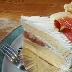洋菓子 タカクワ - 【2016.10】いちじくのケーキ(340円)