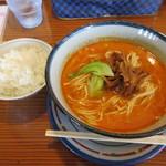 57498766 - [ランチ]担々麺(4辛)+小ライス(無料)