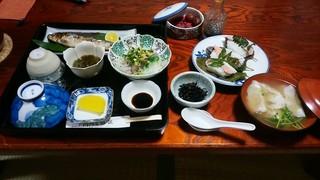 河内屋旅館 - 夕食(10.16)の全容