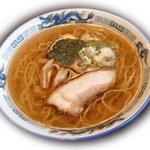 """小柴屋 - 料理写真:世代を超えて愛され続ける、昔ながらの""""ラーメン"""" 550円"""