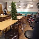 Zen Cafe Marina - 店内
