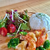 山本商店 - lunch 人気の大海老のガーリックシュリンププレート