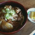 いっぷく亭 - 牛丼