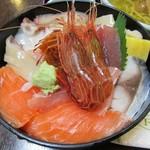 57505423 - 本日の海鮮丼