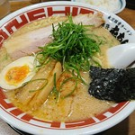Tonchin - 東京豚骨ラーメン 680円