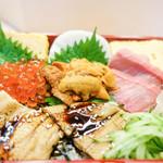吟遊 - キラン♪とした重寿司
