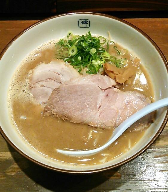 麺や輝 中津店 - ラーメン(680円)