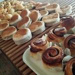 パン工房マルショウ - 出来立てのパンです!!
