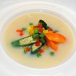 ダンスキューブ・カフェ - 季節野菜の豆乳スープ仕立て