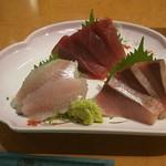 沼津魚がし鮨 - 乾杯セットの刺身3点盛り