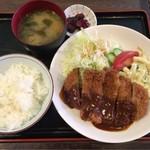 キッチンハウスマスダ - 味噌カツ定食680円!