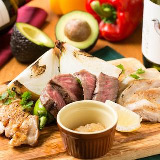 肉料理が自慢!ホルモンや厳選肉を使ったメニューが多数!