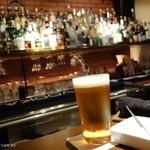 マリスコイティエラ - 2016年8月 生ビール【800円】お通しは白飛びしてますが小さなサンドイッチでした。