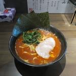 萩原家 - 美辛ラーメン(太麺・固め・3辛)