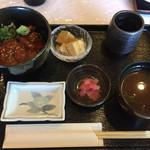 東海カントリークラブレストラン - まぐろ丼 小 定食       2016年10月16日実食