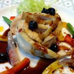 Animo - 2016/10 京赤地鶏の白ワインソテー・カシスの実と共に