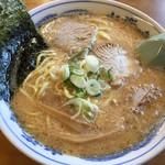 華宴 - 料理写真:みそラーメン