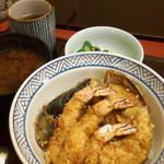 576199 - ランチの天丼(¥1000)