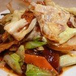 白鳳 新館 - キャベツと肉の味噌炒め