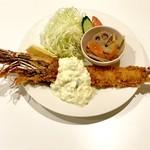 AB-kitchen - 天然エビフライ(大えび)。
