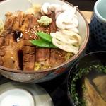 量平寿司 - 穴子丼1080円