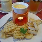 グラッチェガーデンズ  - チーズフォンデュ&ポテト
