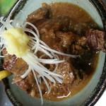 おてちきや - 名物とんこつ:豚の角煮です。