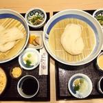 銀座 佐藤養助 養心蔵 - 佐藤養助  養心蔵限定メニューから ▼選べる稲庭うどんとミニ丼セット ¥1000 お友達のも美味しかったです。