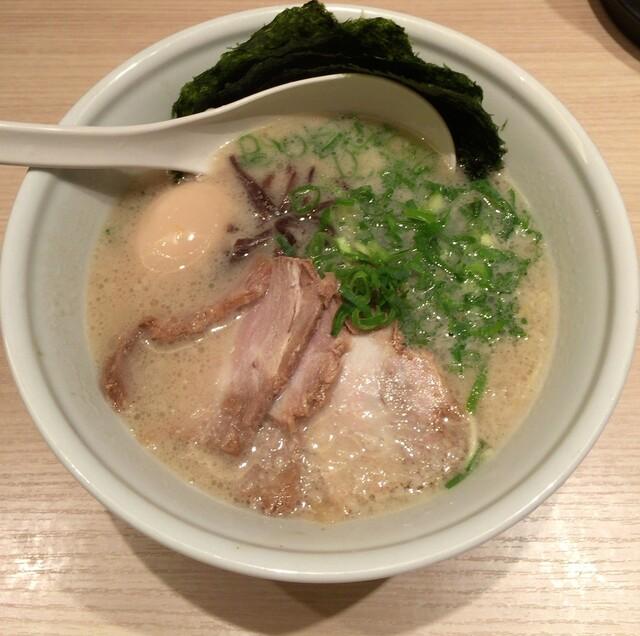 TOKYO豚骨BASE MADE by博多一風堂 品川店 - スペシャル豚骨プレーン(かため)