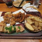 57641802 - イカゲソの唐揚げ、わさび風味のポテトフライ、絹厚揚げ、鶏の唐揚げ