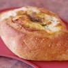 モンチッチ - 料理写真:クリームチーズとベーコン