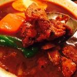 スープカレー屋 鴻 - 炙り骨なしチキンがいい感じ!