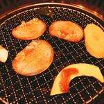 焼肉 清香苑 - タンと野菜焼きます