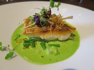 スミレオオサカ - お魚料理