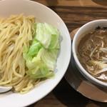 Gochoumeniboshi - 濃厚煮干しつけめん(大)790円。