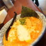 豚骨一燈 - 料理写真:濃厚魚介辛辛ラーメン