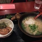 沖縄時間 - ソーキそばとミニラフテー丼