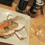57697574 - H28.10 生牡蠣とワイン