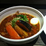 銀座スープカレー菜時記 - トマトベースのチキンカレーです。