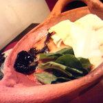 5770715 - トムヤムクン鍋>>やっぱりタイ料理といえばこれっ!!*野菜別盛りにしてもらいました。